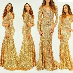 b976a210860cf3 Dresses & Skirts - Beautiful Gold Sequin Long Sleeve Mermaid Dress